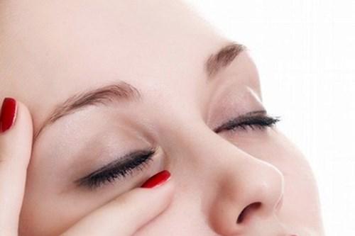 鼻骨矫正术的效果2.jpg