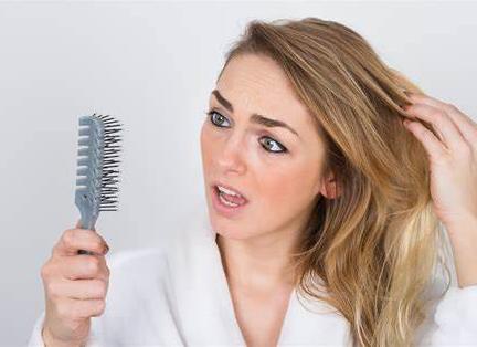 女性中年脱发可以种植吗
