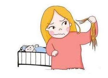 女性产后脱发正常吗?