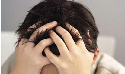 为什么额角和头顶的头发比较容易掉?