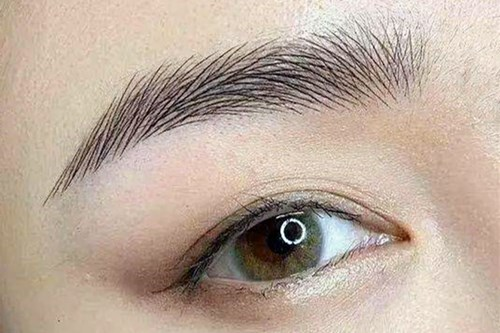 重庆美容医院的半长期纹眉真的太方便了