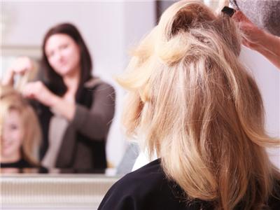 如何做造型的时候保护头发