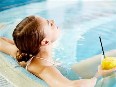 如何保护游泳后的头发
